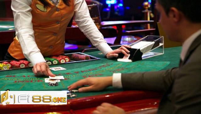 Blackjack là trò chơi có lối chơi đơn giản và dễ thắng